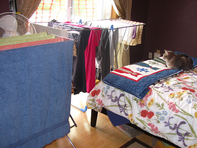 indoor clothes drying